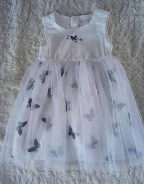 Stummer Kleid weiß mit Schmetterlingen